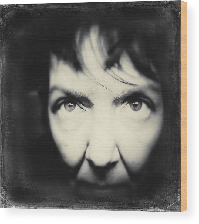 Tell Wood Print featuring the photograph Tell Me by Elena Bouvier