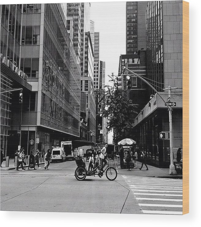 New York City Wood Print featuring the photograph New York City Flow Of Life by Vivienne Gucwa