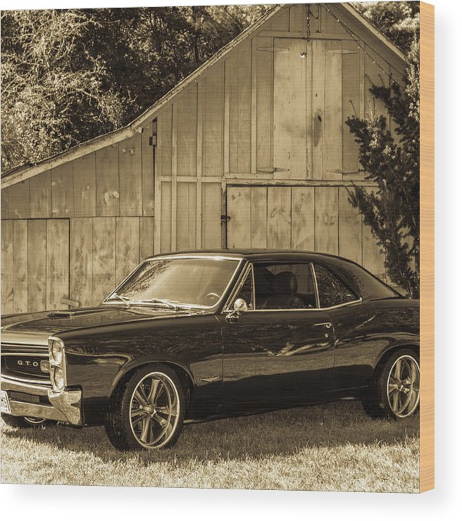 Gto Wood Print featuring the photograph Classic Cars by Mickie Bettez