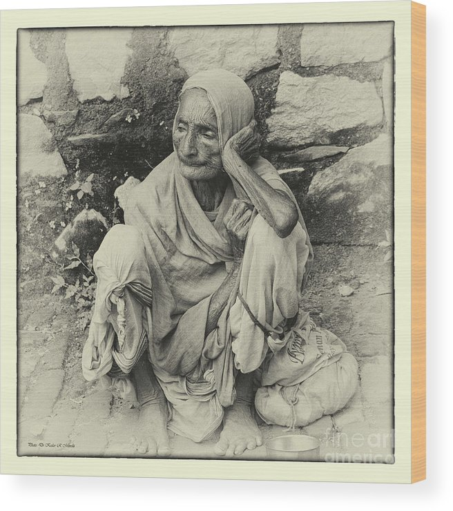 Portrait. Old Lady Wood Print featuring the photograph Destitute On The Ganges by Kedar Munshi