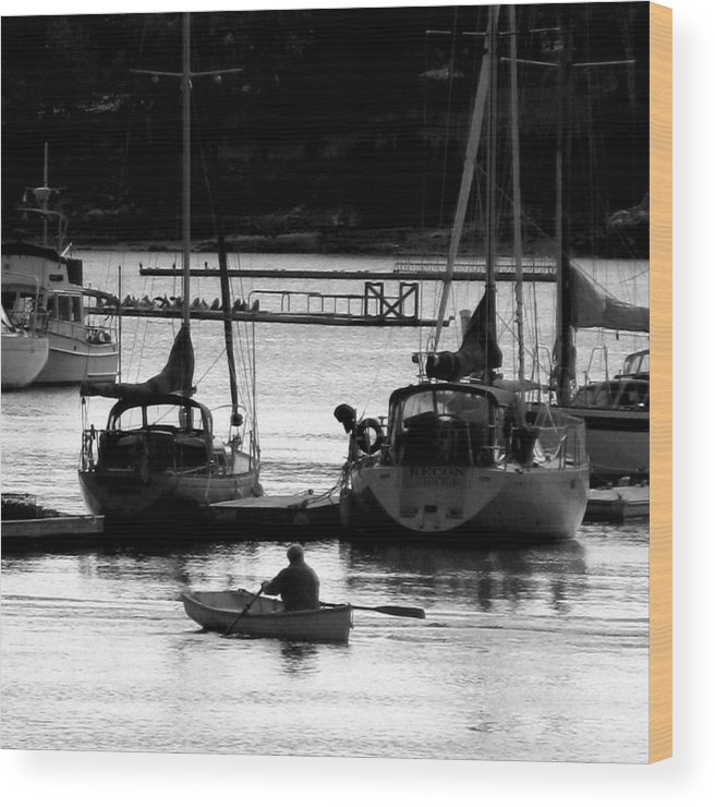 Docks Wood Print featuring the digital art Rowing To Shore by Donna Thomas