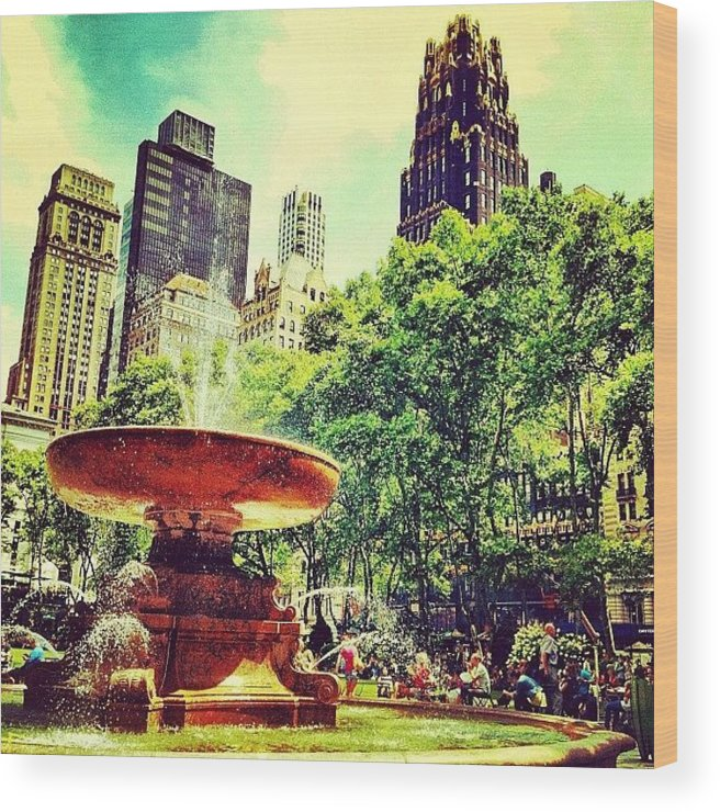 Nyc Wood Print featuring the photograph Summer In Bryant Park by Luke Kingma