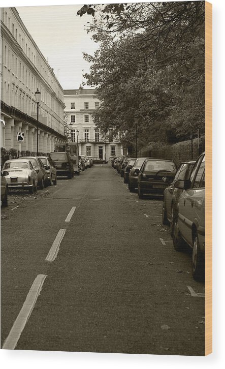 Travel Wood Print featuring the photograph A London Street II by Ayesha Lakes