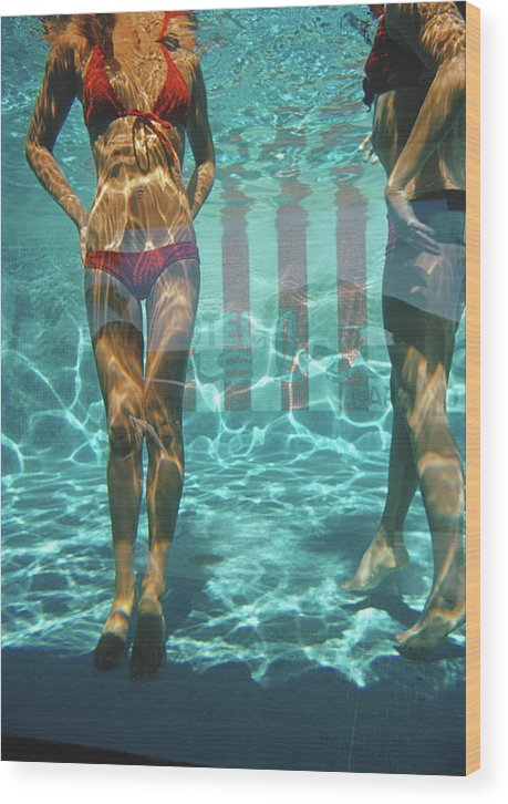 Underwater Wood Print featuring the photograph Pool At Las Brisas by Slim Aarons