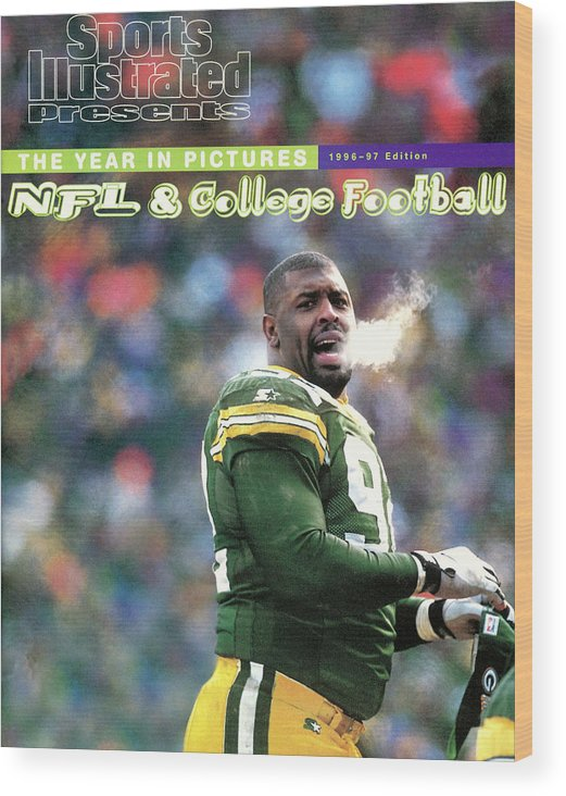 Green Bay Wood Print featuring the photograph Green Bay Packers Reggie White, 1997 Nfc Championship Sports Illustrated Cover by Sports Illustrated
