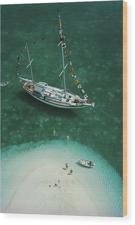 People Wood Print featuring the photograph Exuma Holiday by Slim Aarons