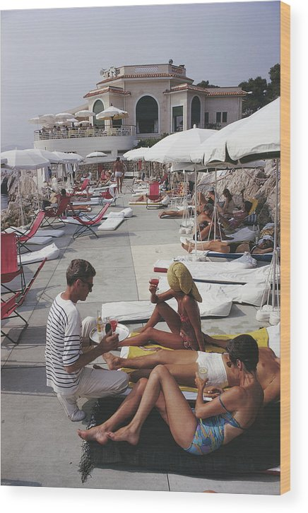 People Wood Print featuring the photograph Hotel Du Cap by Slim Aarons