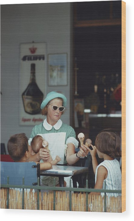Child Wood Print featuring the photograph Ice Cream Time by Slim Aarons
