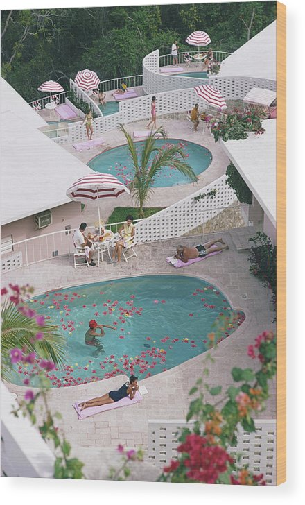 Apartment Wood Print featuring the photograph Las Brisas Hotel by Slim Aarons
