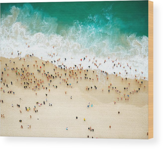 Water's Edge Wood Print featuring the photograph Swimmers Entering The Ocean by Tommy Clarke