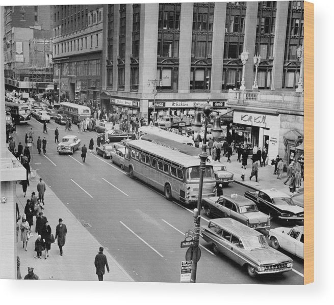 Pedestrian Wood Print featuring the photograph General View Of Pedestrians Crossing by New York Daily News Archive