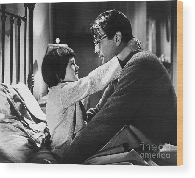 Child Wood Print featuring the photograph Gregory Peck And Mary Badham In To Kill by Bettmann
