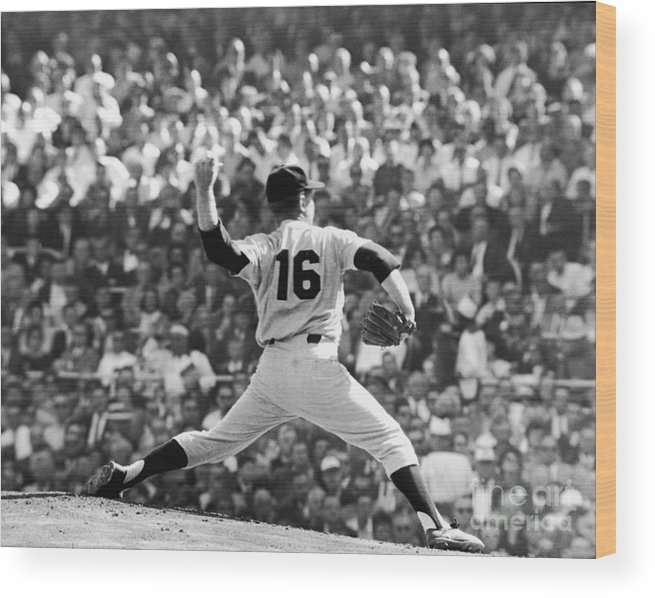 American League Baseball Wood Print featuring the photograph Whitey Ford Winds Up by Robert Riger