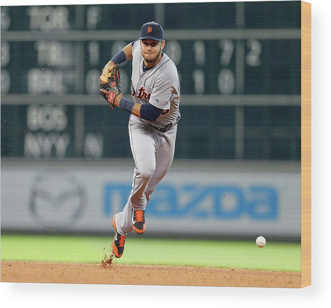 American League Baseball Wood Print featuring the photograph Eugenio Suarez by Bob Levey