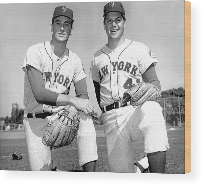 Tom Seaver Wood Print featuring the photograph Tom Seaver and Nolan Ryan by New York Daily News Archive