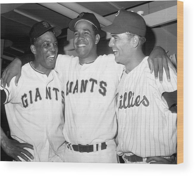Horizontal Wood Print featuring the photograph Willie Mays, Juan Marichal, and Johnny Callison by New York Daily News Archive