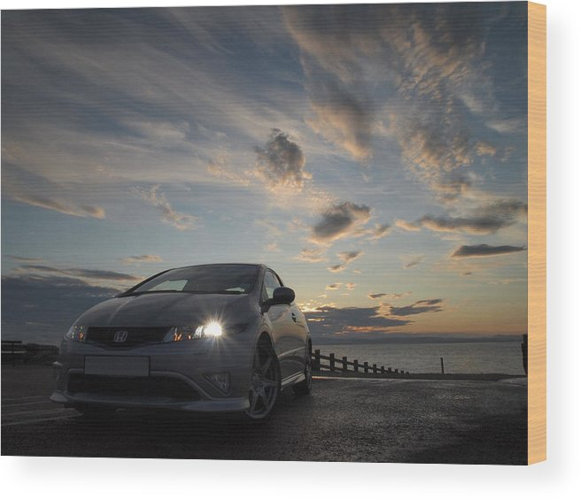 Fn2 Wood Print featuring the photograph Type R by Christopher Mercer