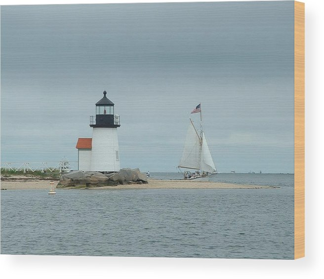 Sailboat Wood Print featuring the photograph Brant Point Abeam by Lin Grosvenor