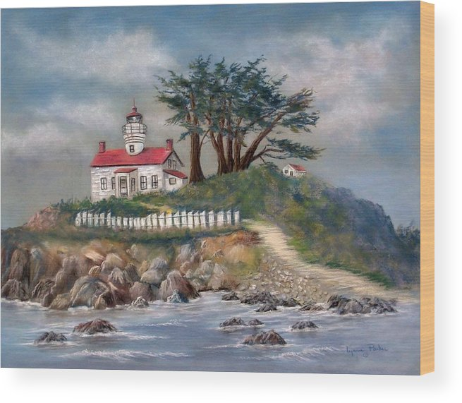 Lighthouse Wood Print featuring the painting Battery Point Lighthouse by Lynne Parker