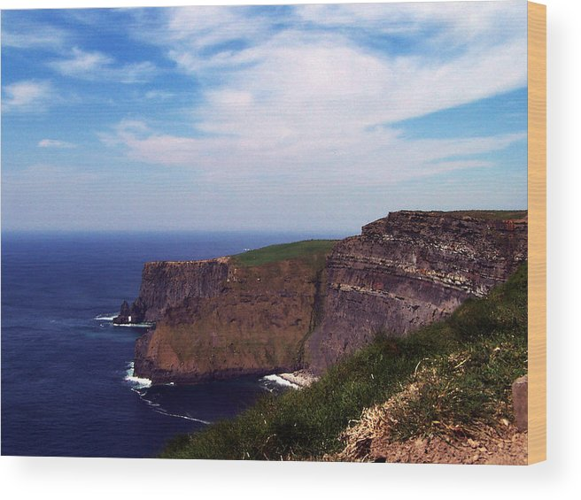 Irish Wood Print featuring the photograph Cliffs of Moher Aill Na Searrach Ireland by Teresa Mucha
