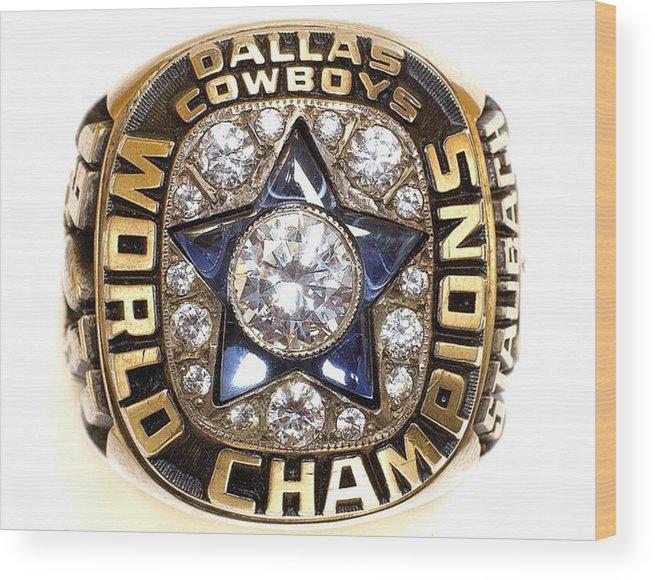 Dallas Cowboys Wood Print featuring the digital art Dallas Cowboys First Super Bowl Ring by Paul Van Scott