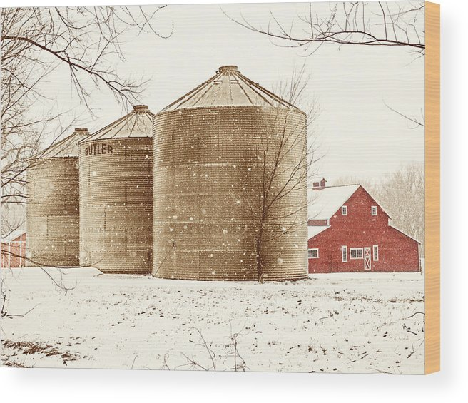 Americana Wood Print featuring the photograph Red Barn in Snow by Marilyn Hunt