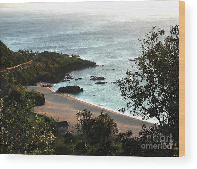 The Beach Wood Print featuring the photograph Waimea Bay by Chandelle Hazen