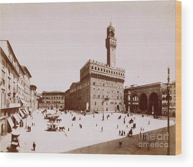 People Wood Print featuring the photograph Palazzo Vecchio In Florence by Bettmann