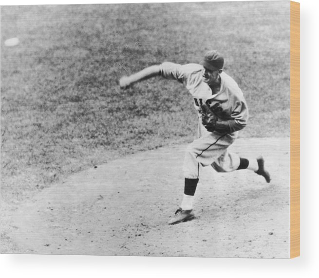 American League Baseball Wood Print featuring the photograph Warneke Pitches In The World Series by Fpg