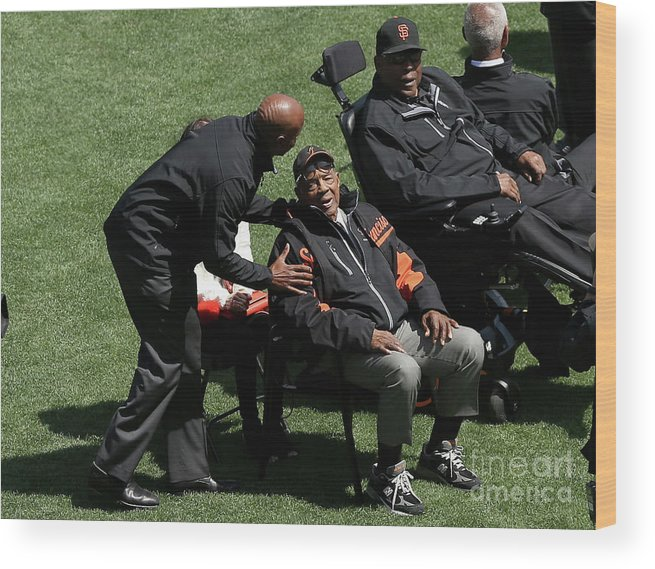 San Francisco Wood Print featuring the photograph Willie Mays, Barry Bonds, and Willie Mccovey by Ezra Shaw