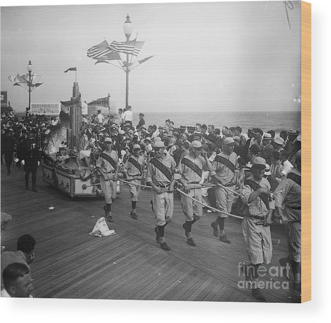 Crowd Of People Wood Print featuring the photograph Children Pull Float With Miss Pittsburgh by Bettmann
