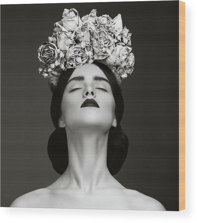 Crown Wood Print featuring the photograph Beautiful Woman With Wreath Of Flowers by Lambada