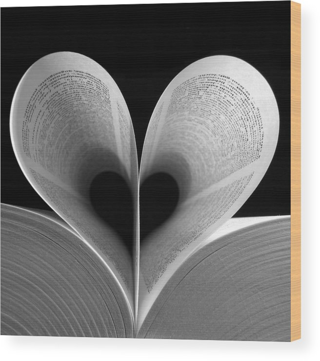 Love Wood Print featuring the photograph Love Reading by Illusorium Illustration
