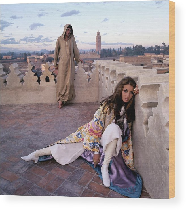 Fashion Wood Print featuring the photograph Paul Getty Jr And Talitha Getty On A Terrace by Patrick Lichfield