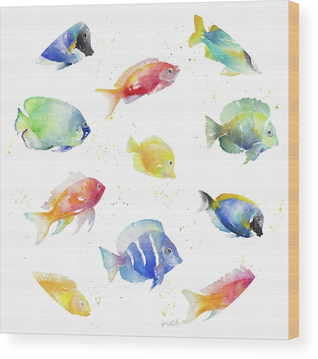 Tropical Wood Print featuring the painting Tropical Fish Round by Lanie Loreth