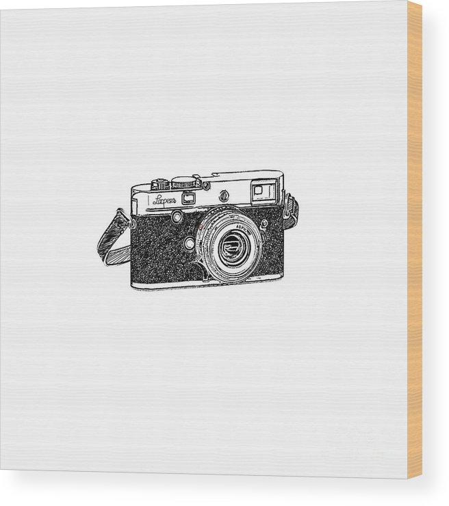 Analog Wood Print featuring the digital art Rangefinder Camera by Setsiri Silapasuwanchai