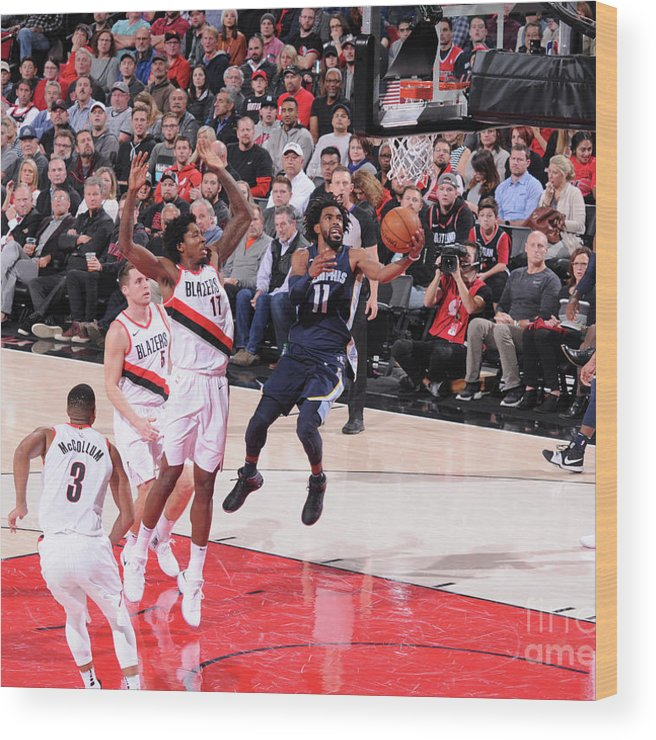 Nba Pro Basketball Wood Print featuring the photograph Memphis Grizzlies V Portland Trail by Sam Forencich