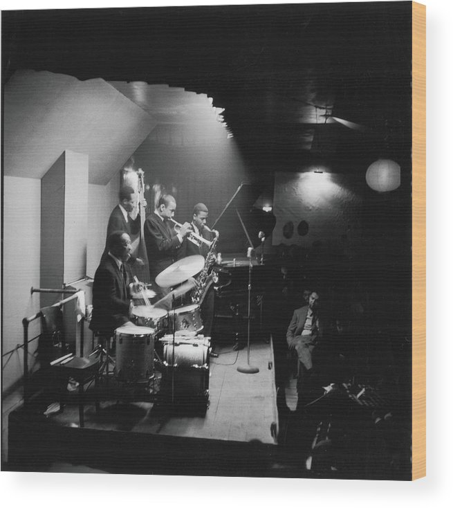 Shadow Wood Print featuring the photograph Art Blakeys Jazz Messengers Perform On by Fred W. McDarrah