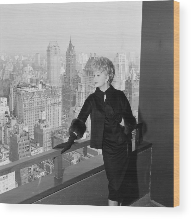 Apartment Wood Print featuring the photograph Lucille Ball by Hulton Archive
