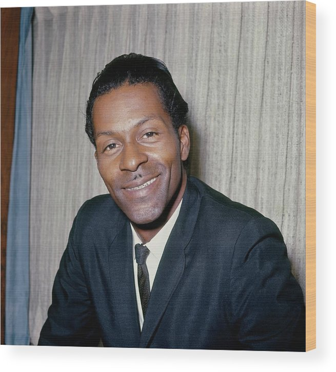 People Wood Print featuring the photograph Photo Of Chuck Berry by Ca