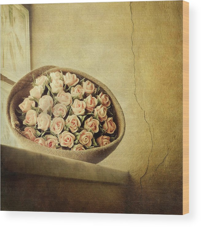 Fragility Wood Print featuring the photograph Roses On Window by Marco Misuri