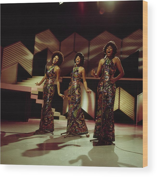 Singer Wood Print featuring the photograph The Supremes Perfom On Tv Show by Tony Russell