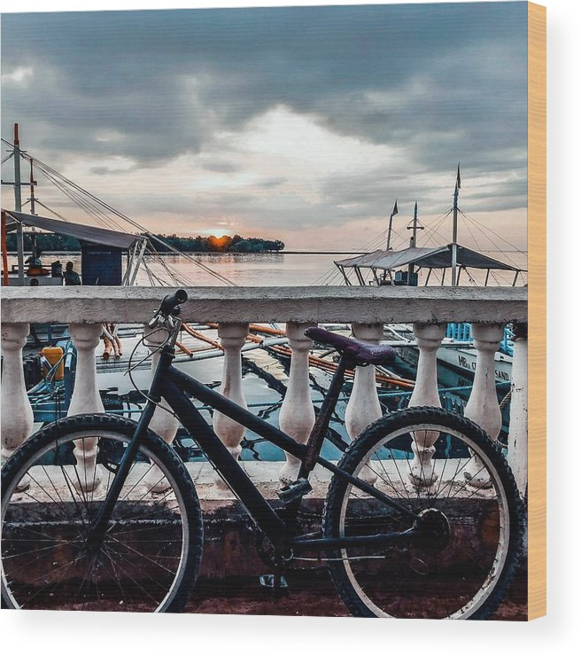 Bike Wood Print featuring the photograph Traveller's point by Dynz Abejero