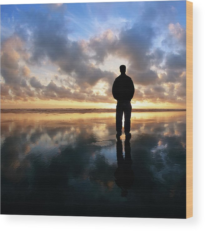 Water's Edge Wood Print featuring the photograph Xl Solitude Beach Silhouette by Sharply done