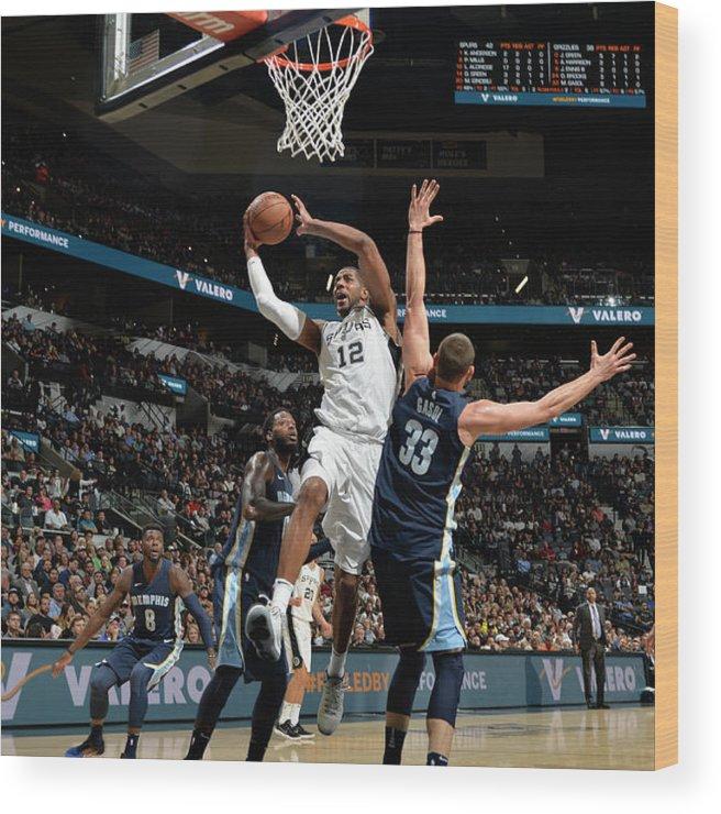 Nba Pro Basketball Wood Print featuring the photograph Lamarcus Aldridge by Mark Sobhani