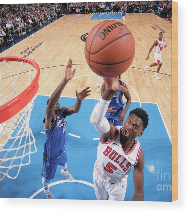 Nba Pro Basketball Wood Print featuring the photograph Bobby Portis by Glenn James