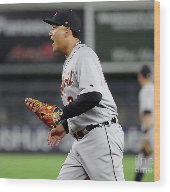 Three Quarter Length Wood Print featuring the photograph Miguel Cabrera by Elsa