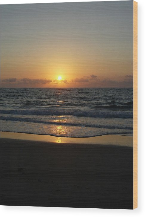 Sunrise Wood Print featuring the photograph Early Sunrise Atlantic Ocean by Stephanie H Johnson