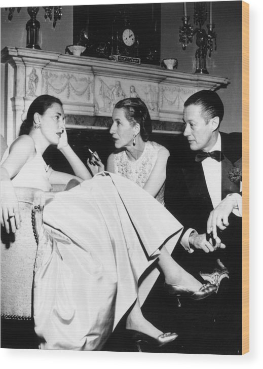Slim Keith Wood Print featuring the photograph Park Avenue Party by Slim Aarons