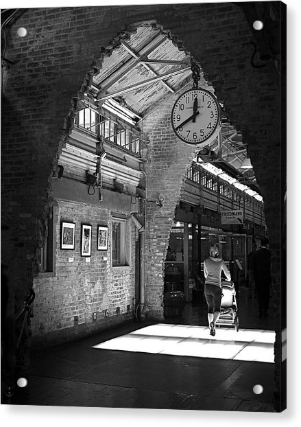 Acrylic Print featuring the photograph Lunchtime At Chelsea Market by Rona Black